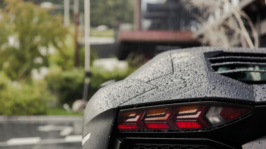 beautiful-lamborghini-rain-hd-wallpaper-wpc5802661