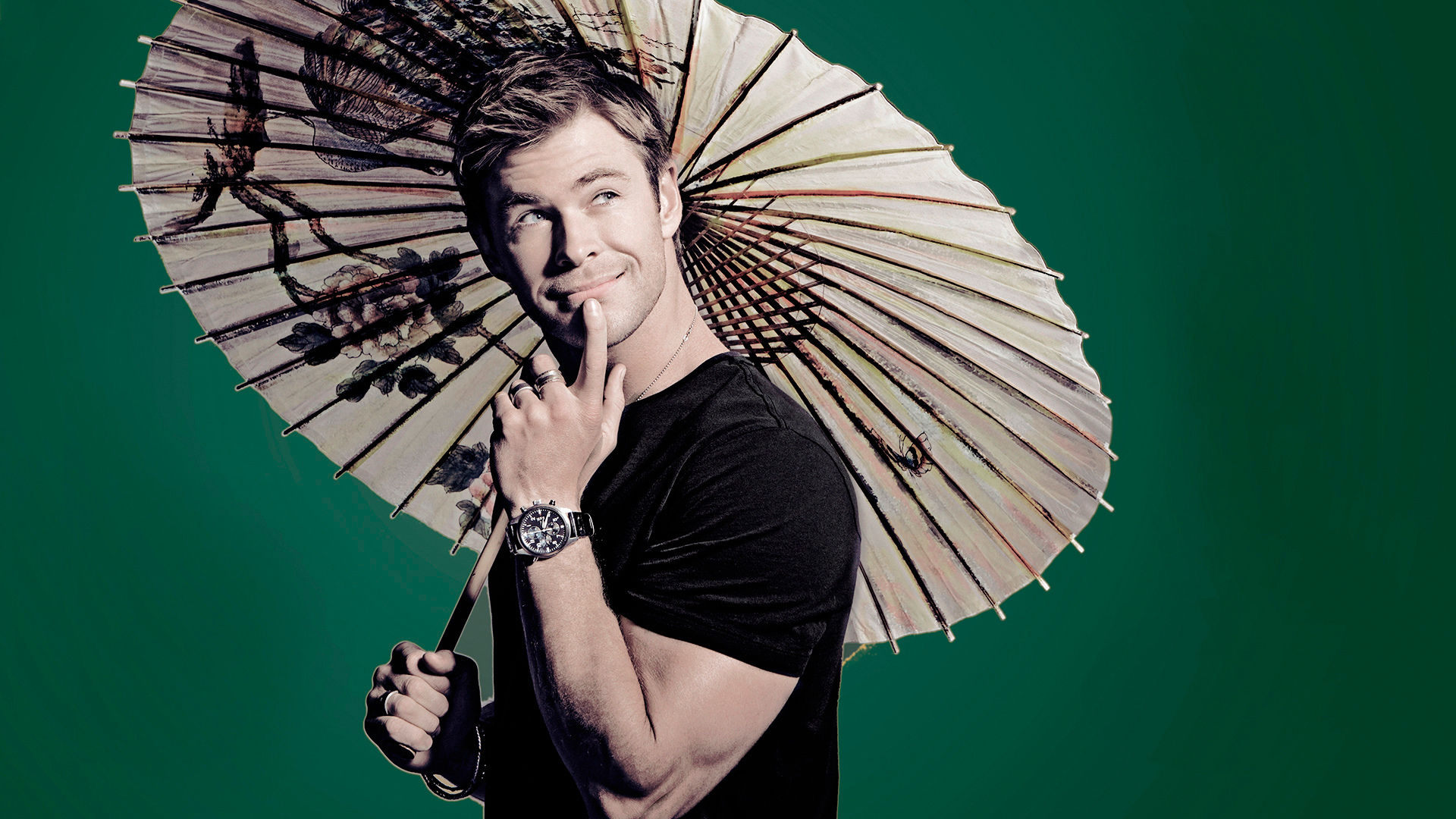 chris-hemsworth-amusing-umbrella-smile-1920%C3%971080-wallpaper-wp3803774