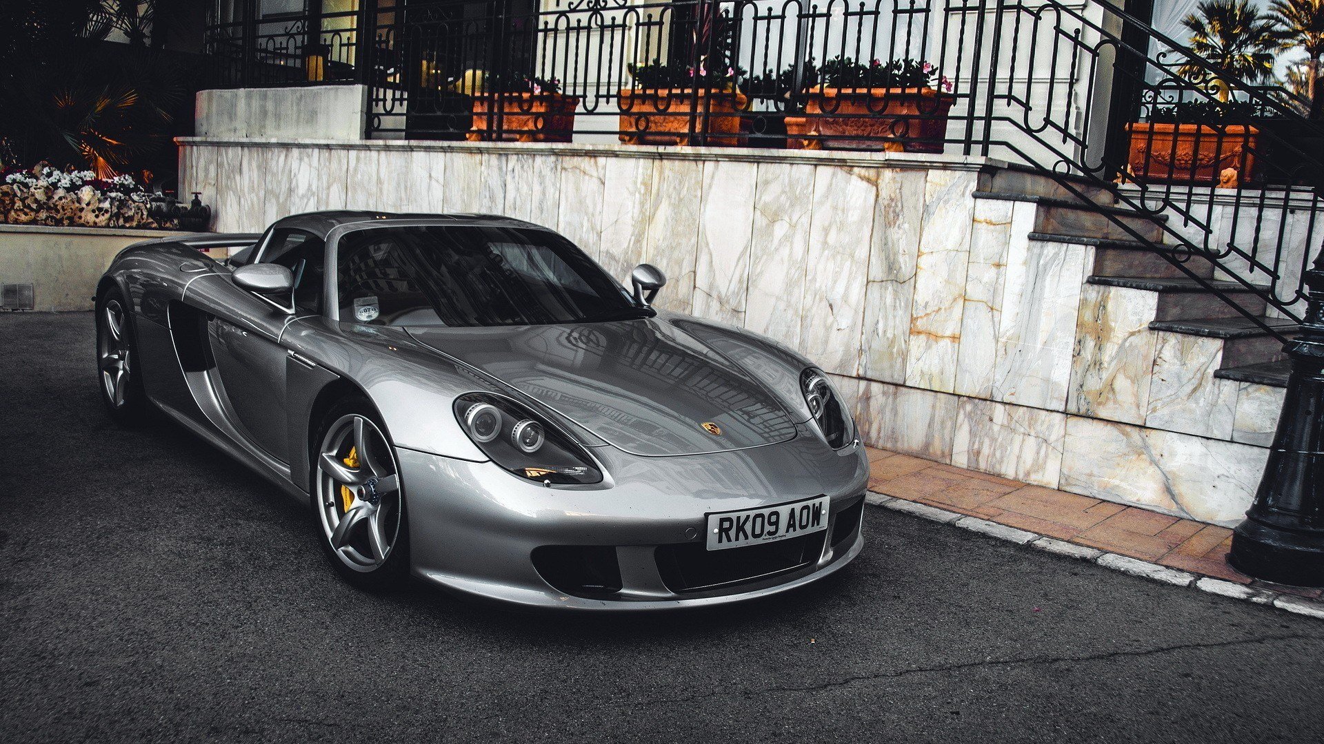 porsche-for-large-desktop-1920x1080-wallpaper-wp3809331