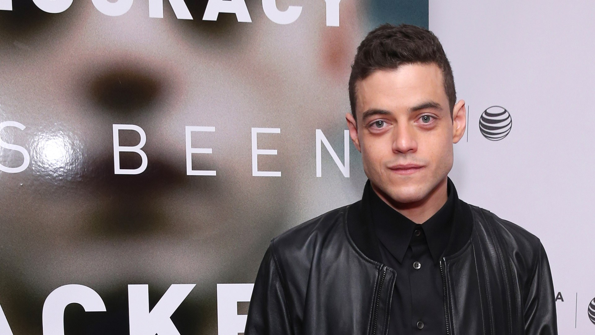 rami-malek-1080p-high-quality-Stan-London-wallpaper-wp3809706