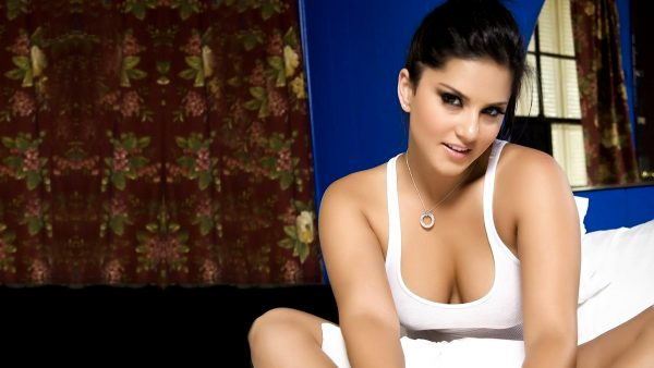 adult-wallpapers-HD8-600x338