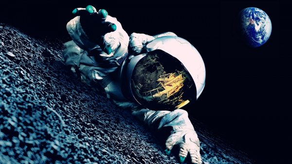 astronaut-wallpaper-HD1-600x338