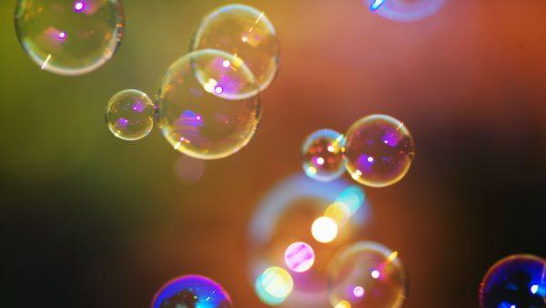 bubbles-wallpaper-HD6-600x338