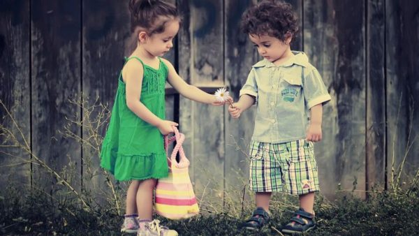 cute-couple-wallpapers-HD1-600x338