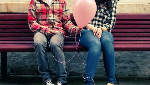 cute-couple-wallpapers-HD2-600x338