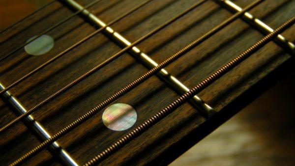 guitar-wallpapers-HD5-2-600x338