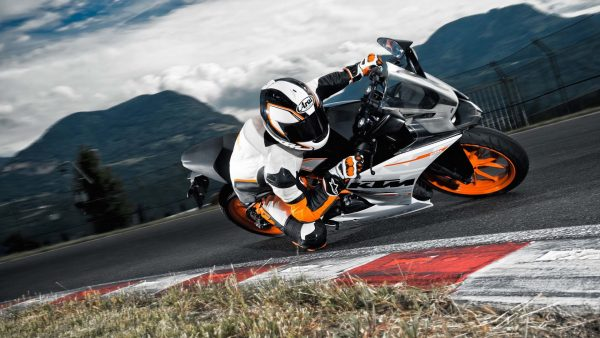 ktm-wallpaper-HD5-600x338