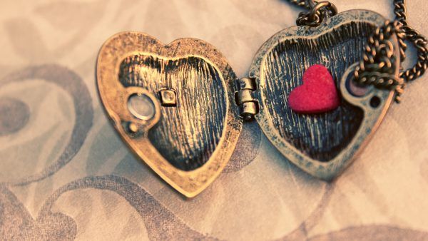 love-pictures-wallpapers-HD1-600x338