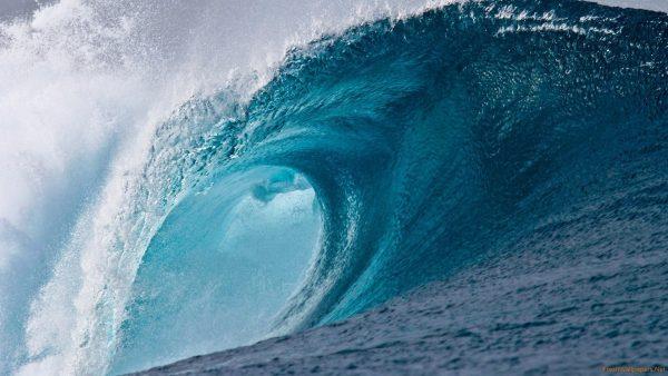 waves-wallpaper-HD3-600x338