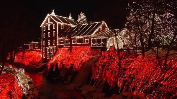christmas-lights-wallpaper-HD8-600x338