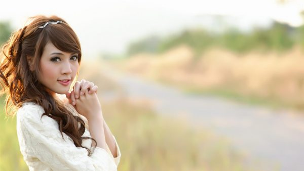 cute-wallpapers-for-girls7-600x338