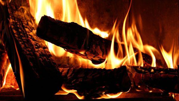 fireplace-wallpaper7-600x338
