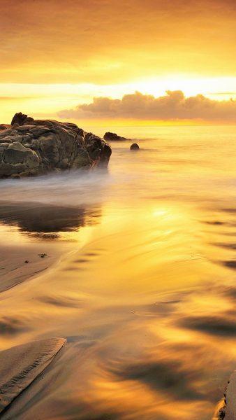 gold-iphone-wallpaper-HD3-338x600