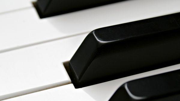 piano-wallpaper-HD9-600x338