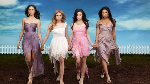 pretty-little-liars-wallpaper9-600x338
