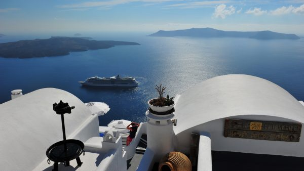 santorini-wallpaper-HD8-600x338