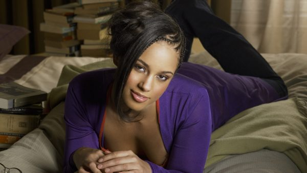 alicia-keys-wallpaper-HD4-600x338