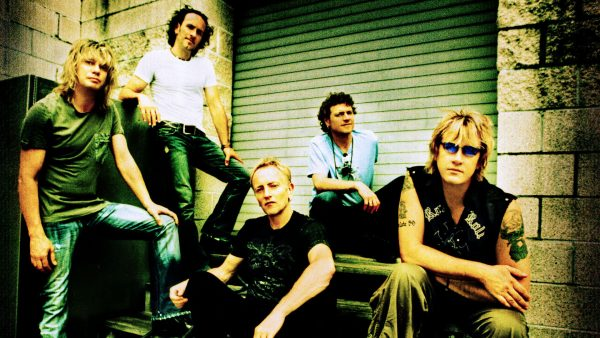 def-leppard-wallpaper-HD2-600x338