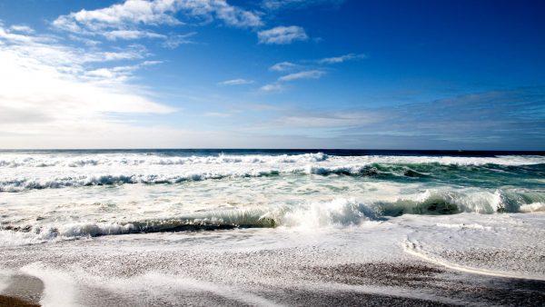 iphone-wallpaper-beach-HD5-600x338