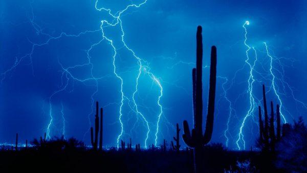 lightning-wallpapers-HD9-600x338