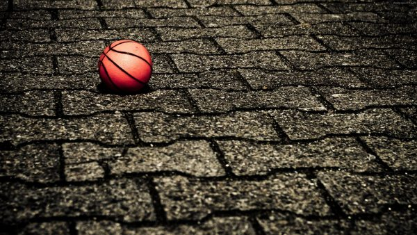 cool-basketball-wallpapers5-600x338