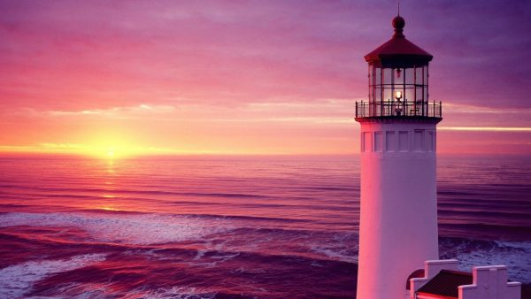 lighthouse-wallpaper1-600x338
