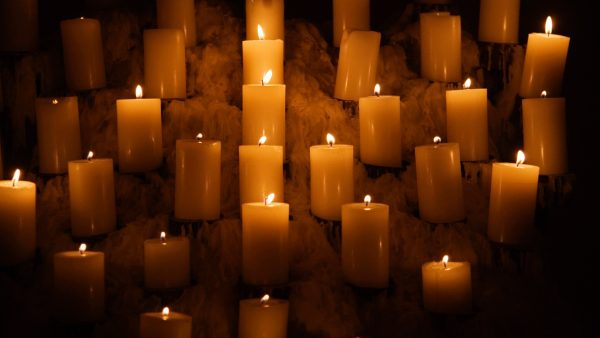 candle-wallpaper4-600x338