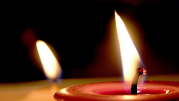 candle-wallpaper5-600x338