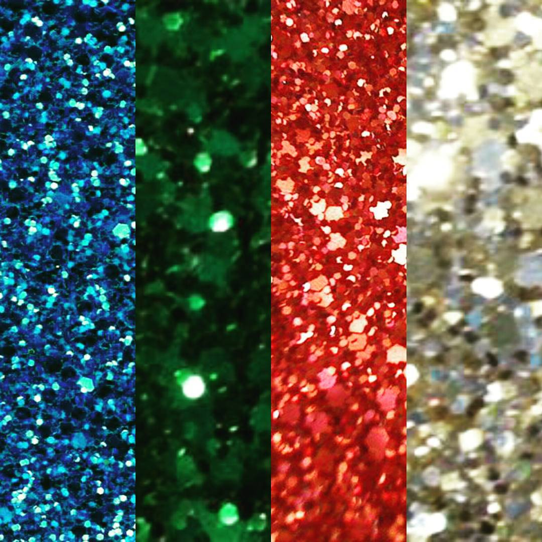 """Our-Hollywood-Glamour-collection-features-beautiful-glass-beads-set-on-vibrant-color-wallpaper-wp4603307"