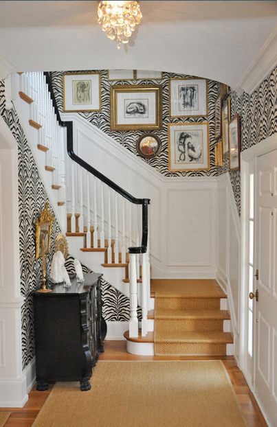 A-bold-black-and-white-zebra-foyer-in-Lake-Forest-IL-by-Megan-Winters-Atelier-Monochromatic-prints-wallpaper-wp3002850