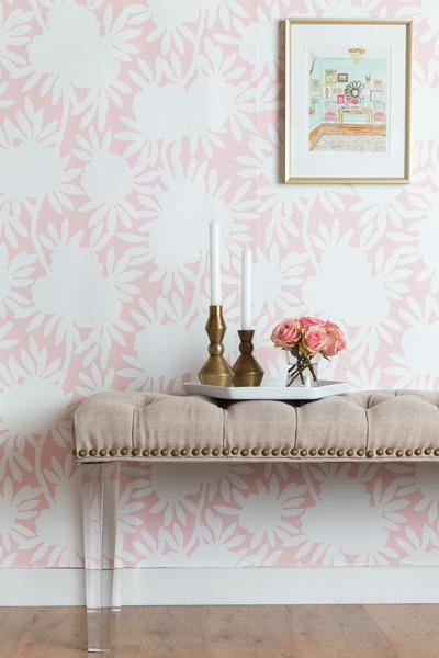 A-simplified-floral-in-a-serene-blush-palette-Silhouette-is-as-timeless-as-it-is-versatile-Perfe-wallpaper-wp3002920