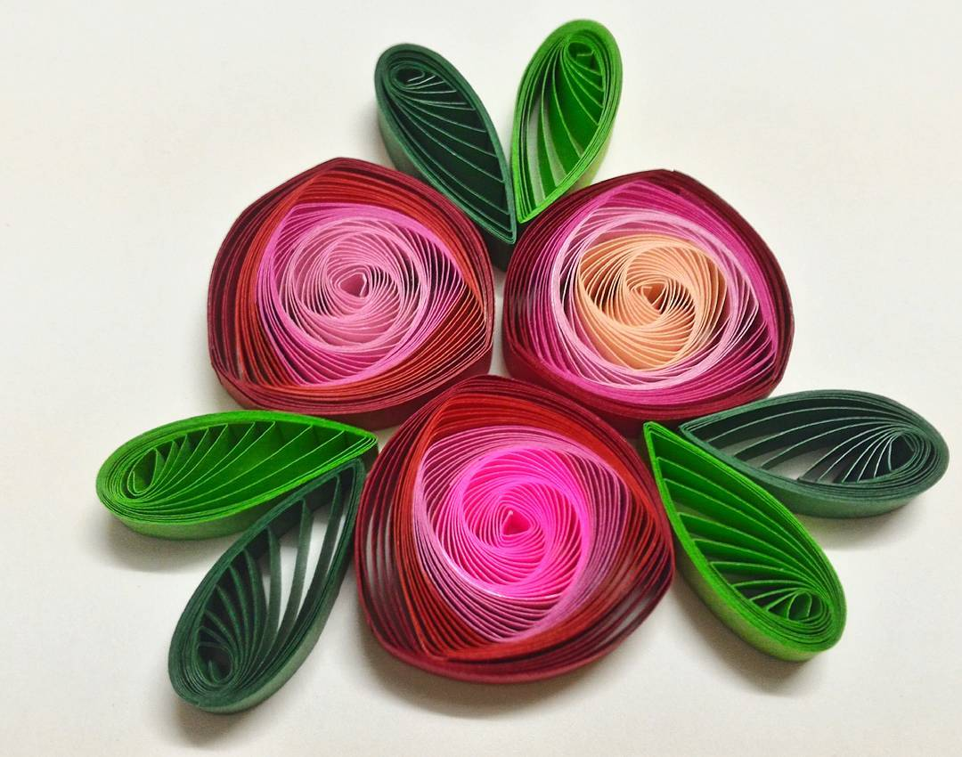 AZLINA-ABDUL-How-to-make-vortex-coils-with-a-slotted-quilling-tool-wallpaper-wp5204320-1