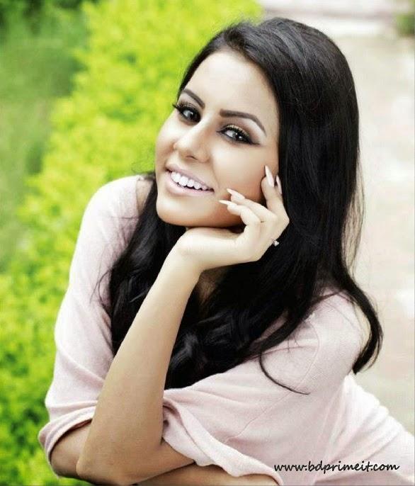 Actress-Mahbuba-Islam-Rakhi-hot-photo-http-www-bdprimeit-com-mahbuba-islam-rakhi-biograph-wallpaper-wp6001895