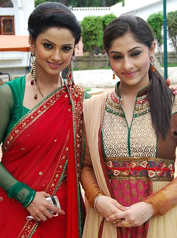 Adaa-and-Ankita-at-loggerheads-wallpaper-wp5203863