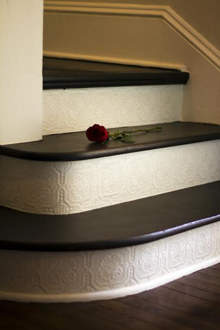 Add-paintable-and-textured-on-the-stair-risers-great-DIY-project-and-afforda-wallpaper-wp5004319