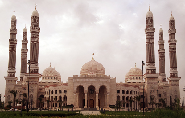 Al-Saleh-Mosque-Sana'a-Yemen-Image-Credit-Himo-wallpaper-wp6001953