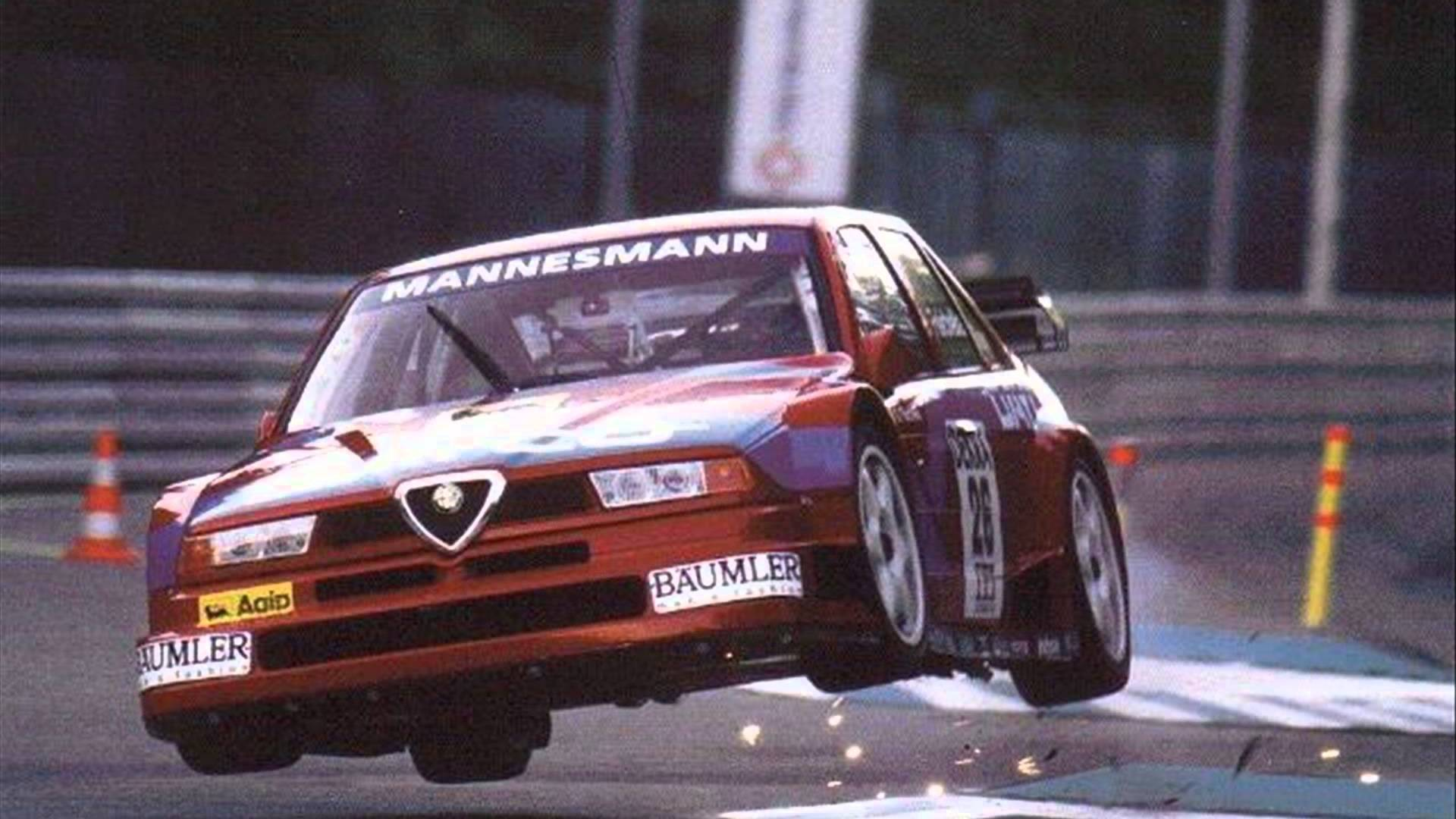Alfa-Romeo-V-TI-goes-airborne-after-striking-the-kerb-during-a-DTM-race-1920x1080-Need-iPhon-wallpaper-wp3402249