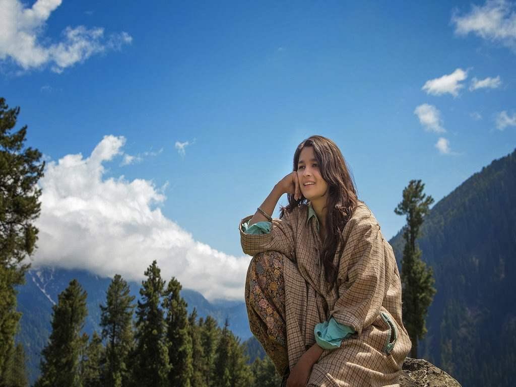 Alia-Bhat-in-Highway-Movie-wallpaper-wp5403145