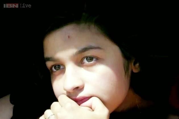 Alia-Bhatt-Biography-Alia-Bhatt-Highway-not-an-ordinary-experience-for-me-wallpaper-wp5403153