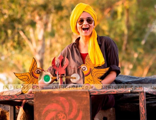 Alia-Bhatt-in-Highway-Movie-wallpaper-wp5401259