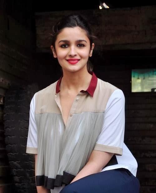 Alia-Bhatt-latest-Stills-Highway-Movie-Actress-wallpaper-wp5403159