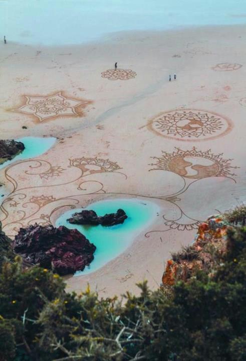 Amazing-Sand-Art-wallpaper-wp3003137