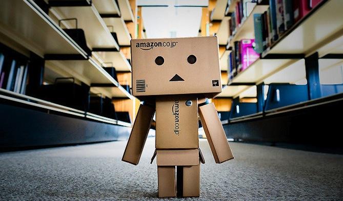 Amazon-Box-Man-wallpaper-wp4404381