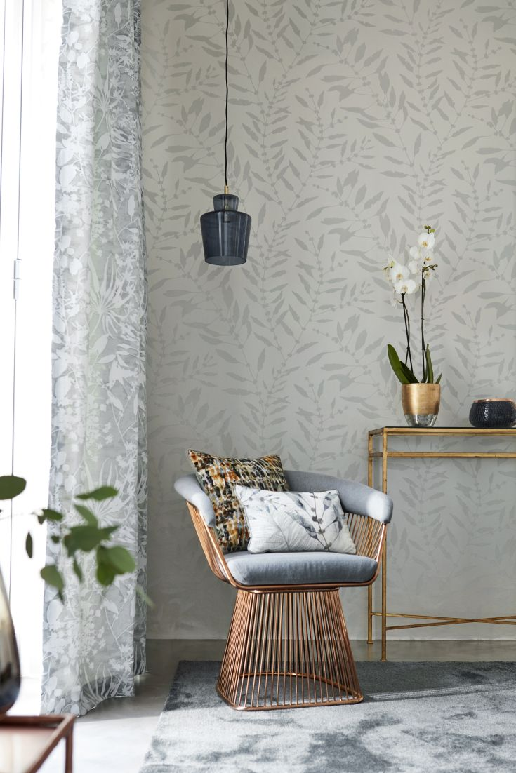 An-all-over-serene-leaf-trail-design-picked-out-in-tiny-shimmering-beads-that-catch-the-li-wallpaper-wp4603609