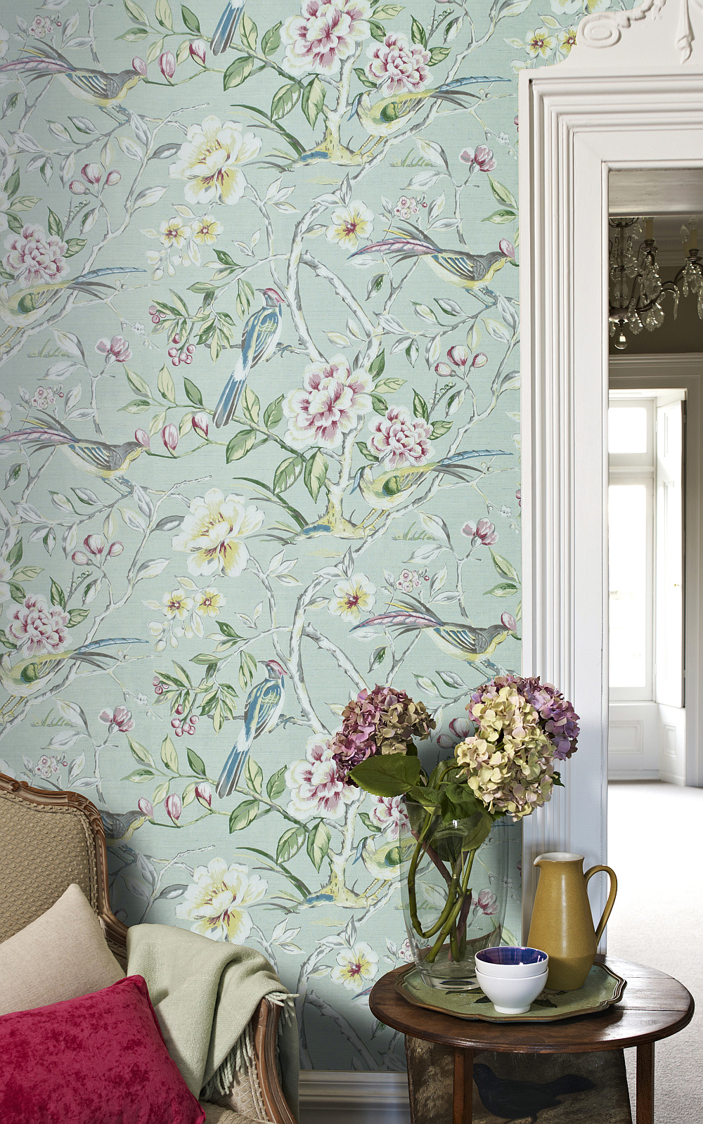 An-elegant-all-over-design-featuring-trailing-lotus-blossom-s-and-love-birds-wallpaper-wp423628
