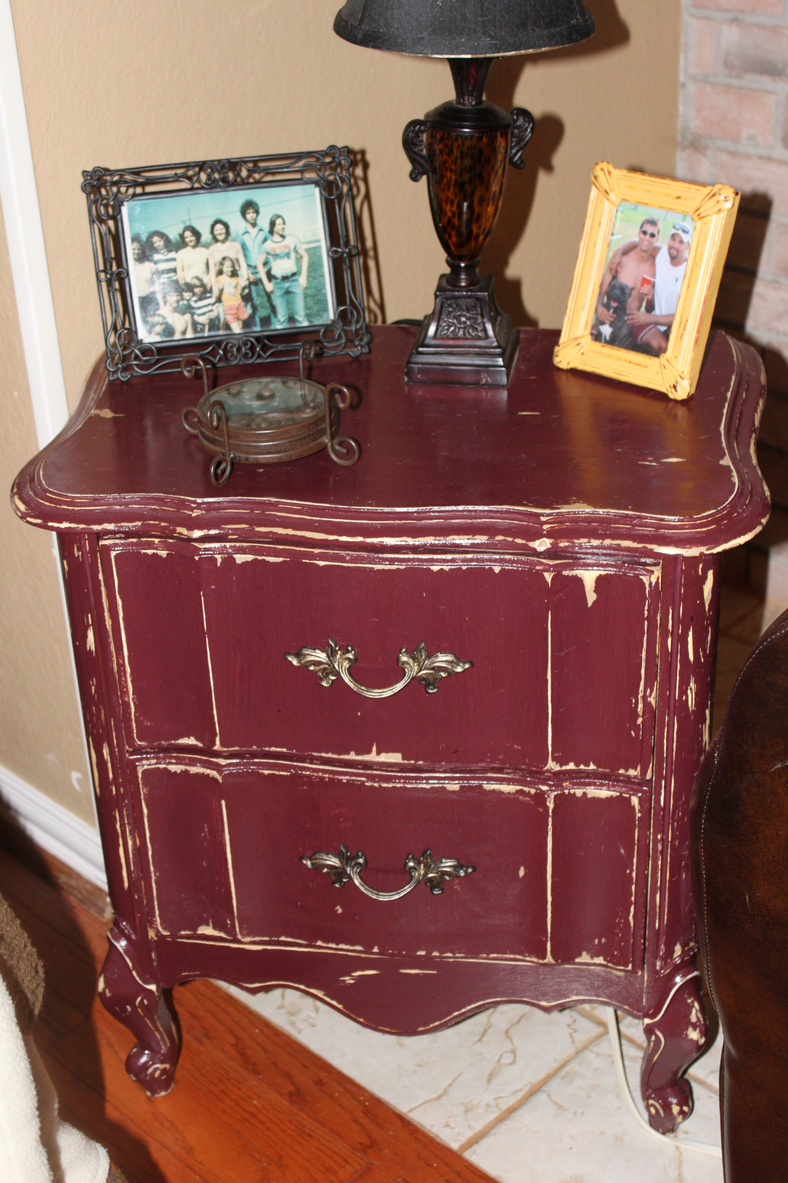 Ancient-burgundy-over-creamy-pearl-colored-side-table-shabby-chic-and-heavy-distressing-Shabby-Ch-wallpaper-wp4404415