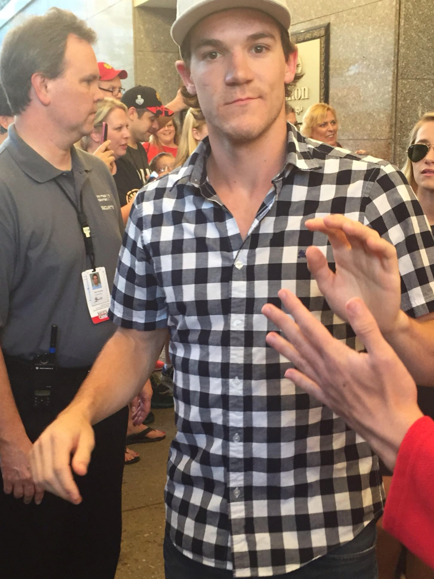 Andrew-Shaw-at-the-Chicago-Blackhawks-convention-wallpaper-wp5803463