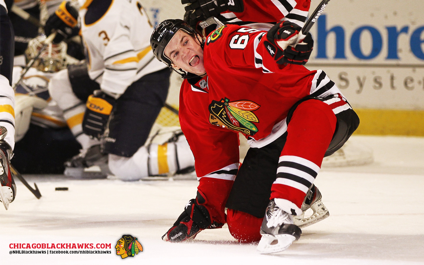 Andrew-Shaw-celly-as-a-Blackhawk-wallpaper-wp5803465