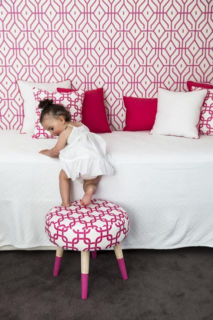 Anna-Spiro-range-for-Sydney-Harbour-Paints-Rosey-Posey-Trellis-in-Pink-Ginger-wallpaper-wp5004646