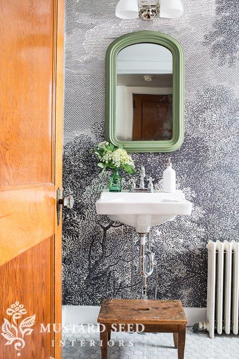 Anthropologie-Miss-Mustard-Seed-Upstairs-Bathroom-wallpaper-wp5204133